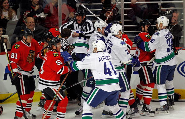 Hawks Canucks fight