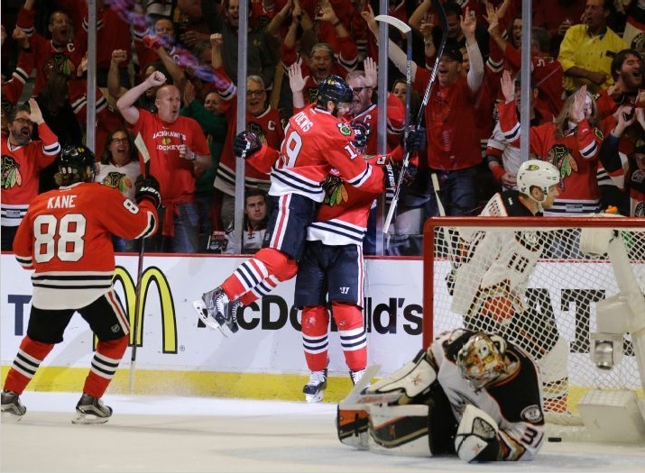Hawks celebrate ANA gm 6
